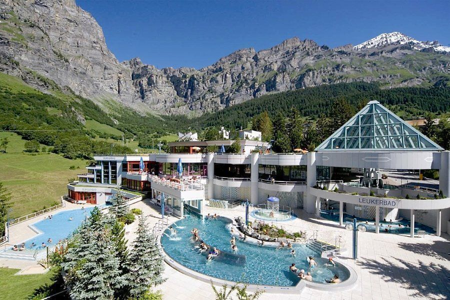 Спа-отель Walliser Alpentherme & Spa Leukerbad в Швейцарии